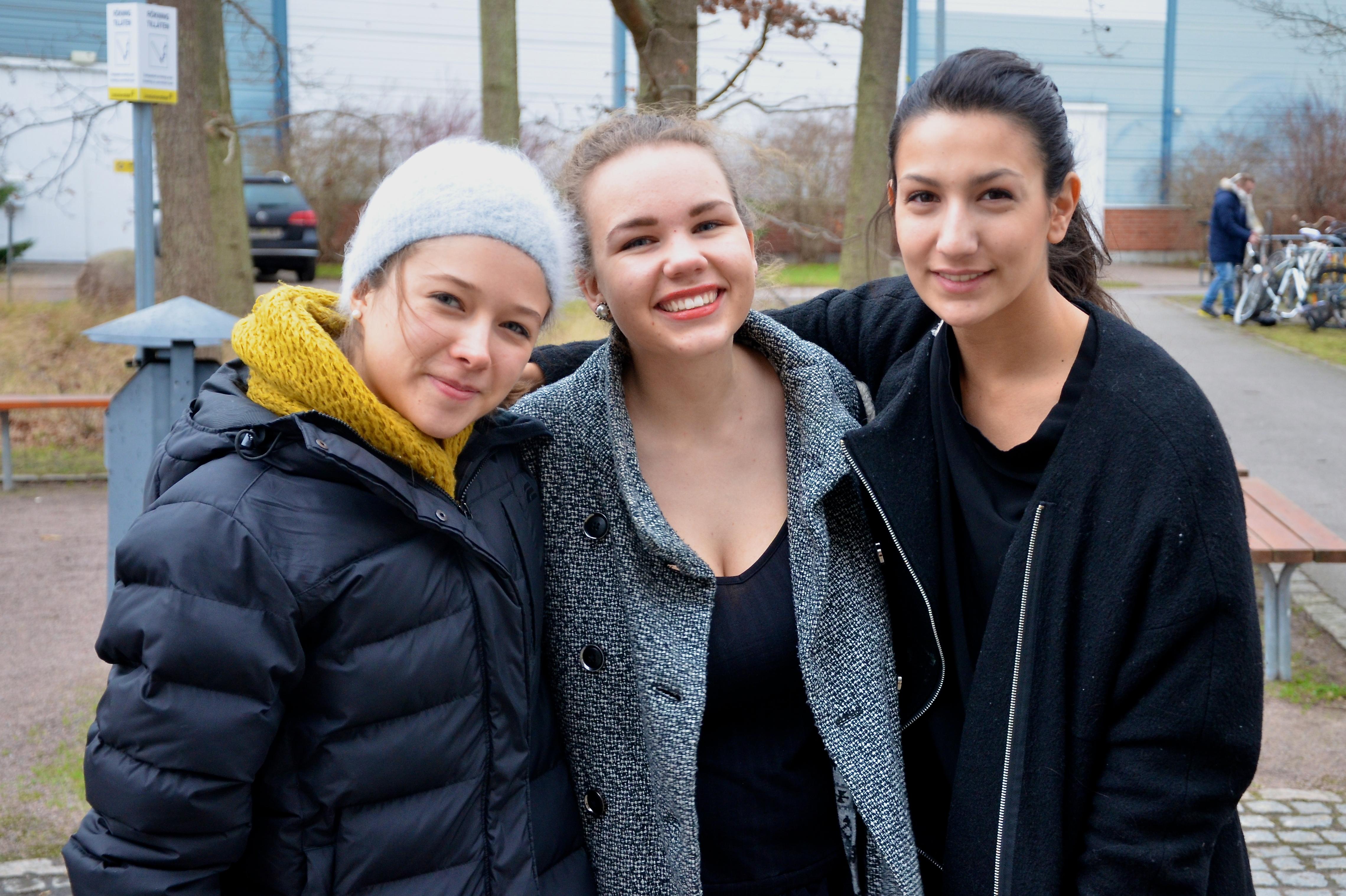 Caroline Nilsson, Julia Lindström och Sevgi Camuz.